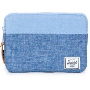Hershel pouch